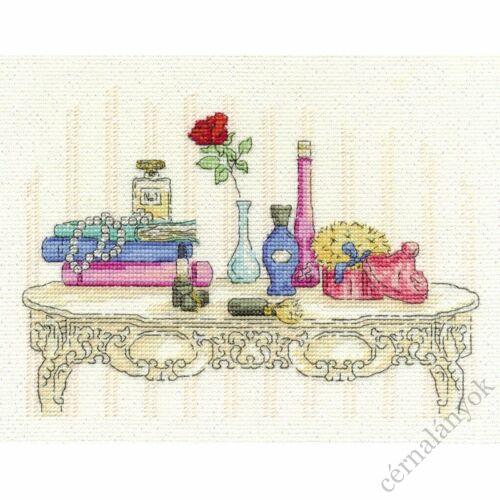 Pipere asztal - DMC keresztszemes készlet
