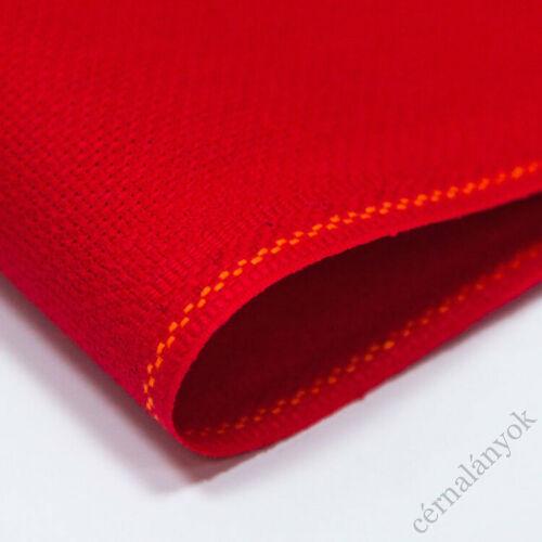 Zweigart Karácsonyi piros - 18 ct Aida (55 cm x 50 cm) - méretre vágott kelme