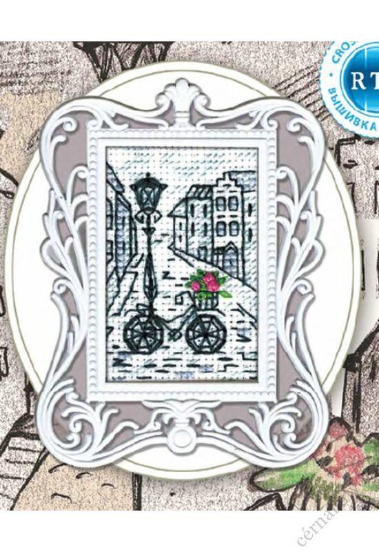 Utcakép biciklivel - leszámolható RTO keresztszemes készlet kerettel