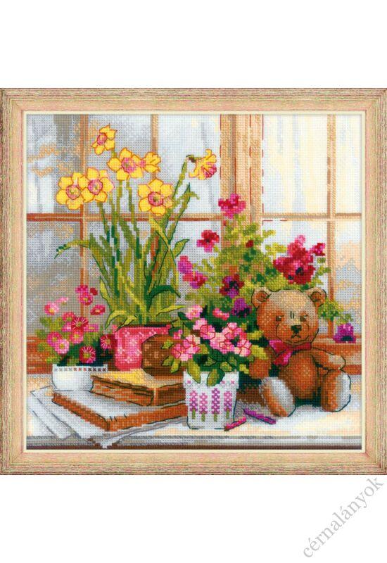 Teddybear on the Windowsill